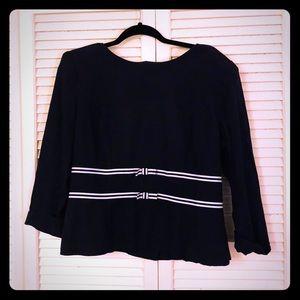 🌸NEW🌸EUC VTG pinup button blouse w/bow detail